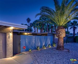 Photo of 226 North BURTON Way, Palm Springs, CA 92262 (MLS # 17283380PS)