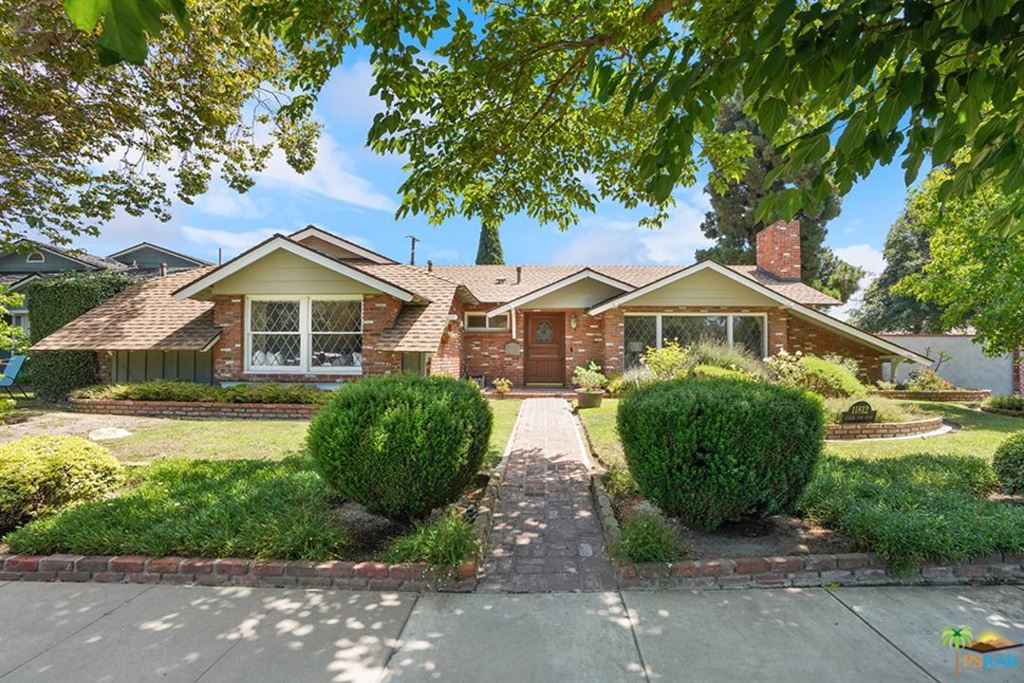 Photo of 11812 West SILVER FOX Road, Rossmoor, CA 90720 (MLS # 19497370PS)