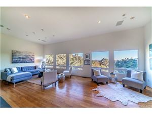 Photo of 8022 HIGHLAND, Los Angeles , CA 90046 (MLS # SR18090101)