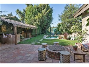 Photo of 15149 WEDDINGTON Street, Sherman Oaks, CA 91411 (MLS # SR18244105)
