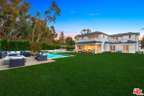 Photo of 829 GREENTREE Road, Pacific Palisades, CA 90272 (MLS # 19516106)