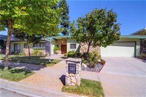 Photo of 18611 PASEO NUEVO Drive, Tarzana, CA 91356 (MLS # SR19245106)