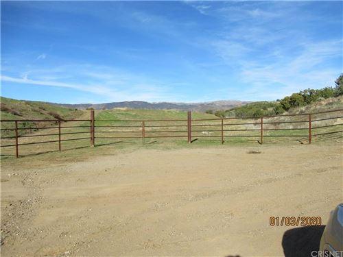 Photo of 0 DARLING RD VIC TYNDALL RD, Agua Dulce, CA (MLS # SR20002110)