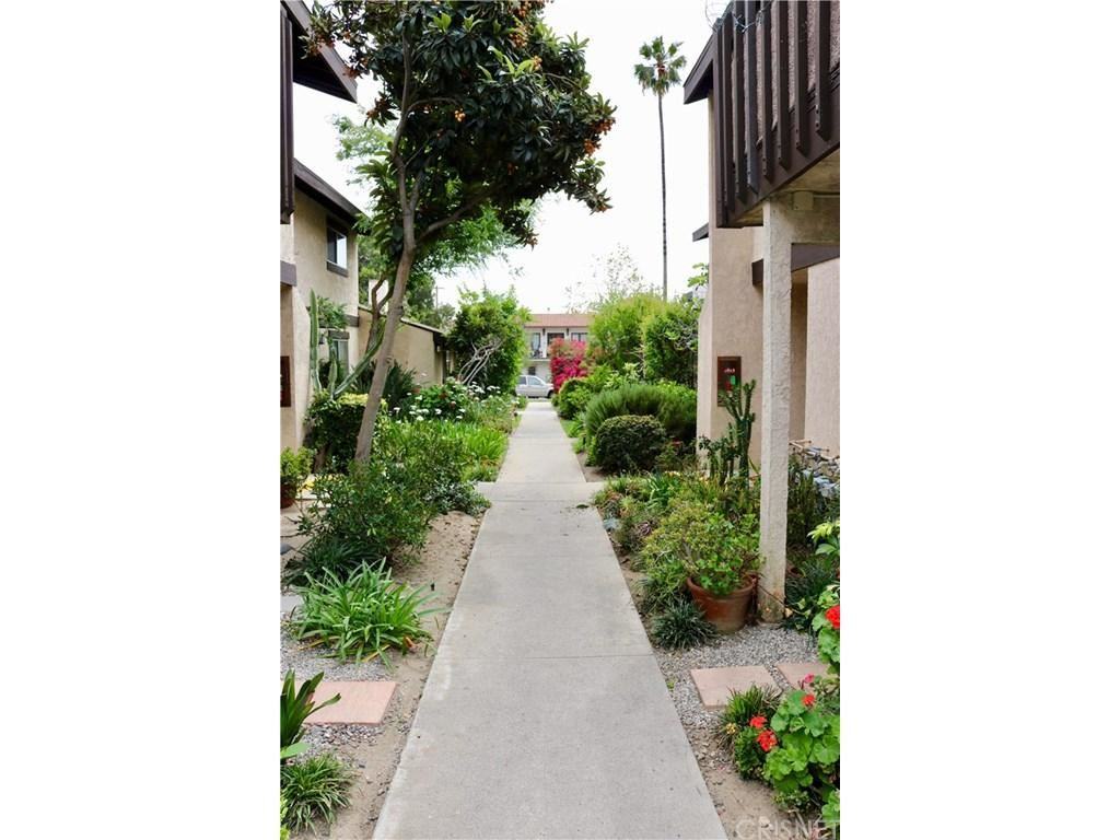 Photo for 1827 BRIGDEN Road #3, Pasadena, CA 91104 (MLS # SR18087111)