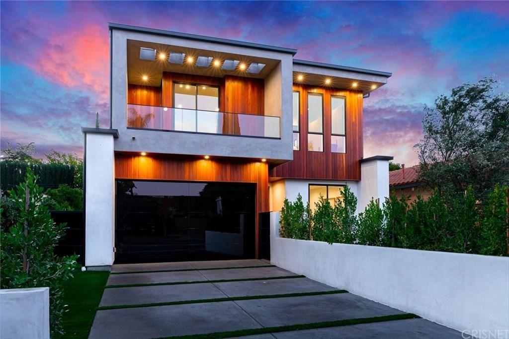 Photo of 4631 VESPER Avenue, Sherman Oaks, CA 91403 (MLS # SR20017112)