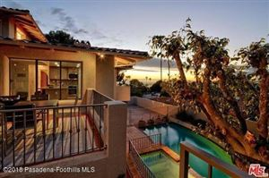Photo of 1305 VIA ROMERO, Palos Verdes Estates, CA 90274 (MLS # 818002113)