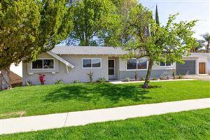 Photo of 2876 KADOTA Street, Simi Valley, CA 93063 (MLS # 218003114)