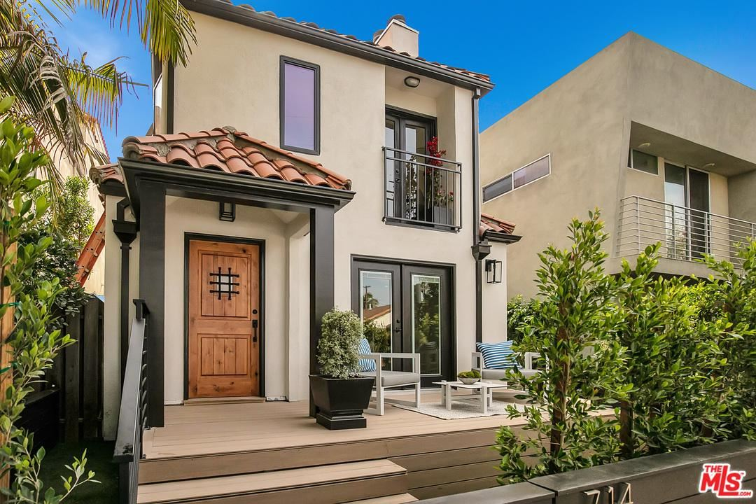 Photo of 714 NAVY Street, Santa Monica, CA 90405 (MLS # 20553114)