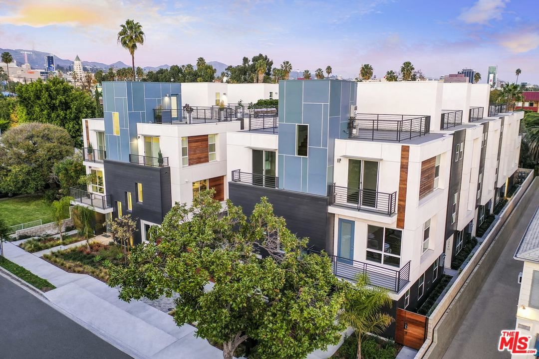 Photo of 1338 North SYCAMORE Avenue #9, Hollywood, CA 90028 (MLS # 20554114)