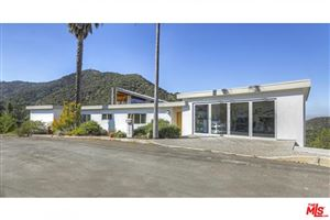 Photo of 3229 BUCKINGHAM Road, Glendale, CA 91206 (MLS # 19490116)