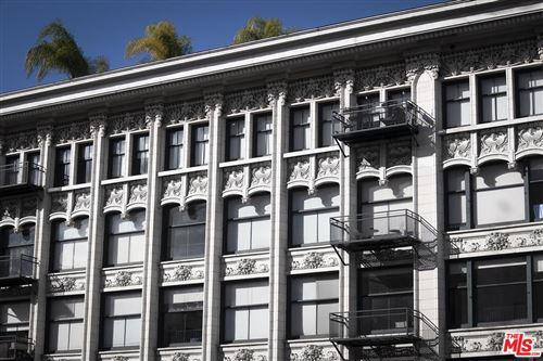 Photo of 315 West 5TH Street #705, Los Angeles , CA 90013 (MLS # 19537116)