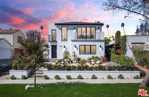 Photo of 12319 DARLINGTON Avenue, Los Angeles , CA 90049 (MLS # 19528120)
