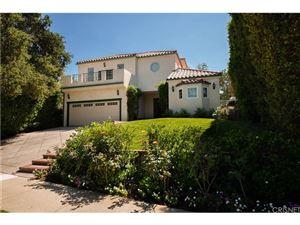 Photo of 15906 VALLEY VISTA Boulevard, Encino, CA 91436 (MLS # SR18224120)