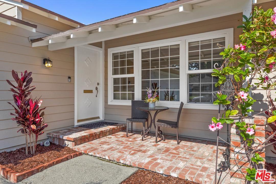 Photo of 4900 VAN NOORD Avenue, Sherman Oaks, CA 91423 (MLS # 20557120)