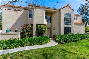 Photo of 11302 OLD RANCH Circle, Chatsworth, CA 91311 (MLS # SR18048122)
