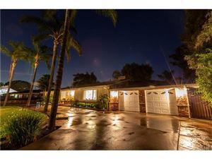 Photo of 958 WAVERLY HEIGHTS Drive, Thousand Oaks, CA 91360 (MLS # SR18198126)