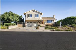 Photo of 996 CALLE RUIZ, Thousand Oaks, CA 91360 (MLS # 218012127)
