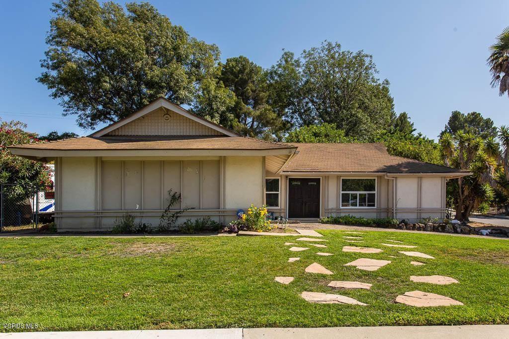 Photo for 2306 SIRIUS Street, Thousand Oaks, CA 91360 (MLS # 219010127)