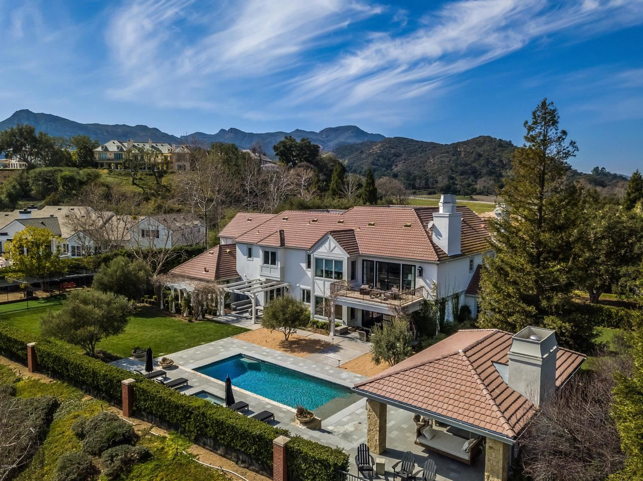 Photo of 2160 MARSHBROOK Road, Thousand Oaks, CA 91361 (MLS # 220002127)
