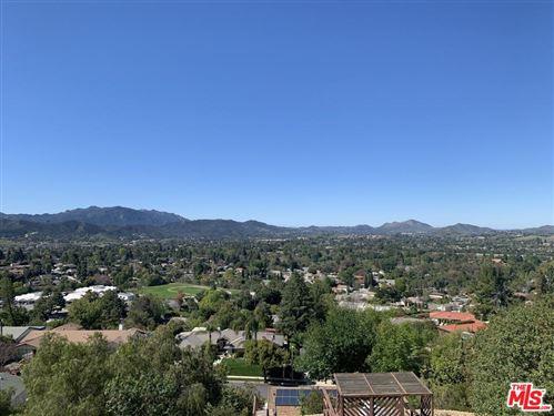 Photo of 1381 LAMONT Avenue, Thousand Oaks, CA 91362 (MLS # 20565130)