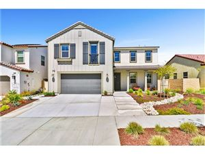Photo of 18733 CEDAR CREST Drive, Canyon Country, CA 91387 (MLS # SR19089130)