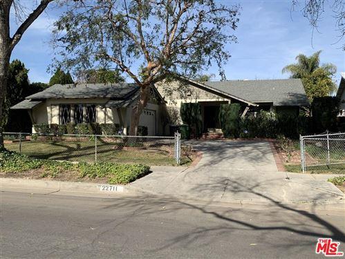 Photo of 22711 GAULT Street, West Hills, CA 91307 (MLS # 20565132)