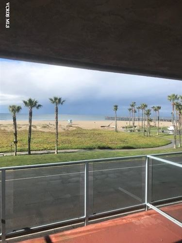 Photo of 701 OCEAN VIEW Drive, Port Hueneme, CA 93041 (MLS # 220003132)
