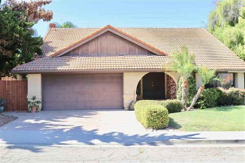 Photo of 1011 BEECH Drive, Santa Paula, CA 93060 (MLS # 219011135)