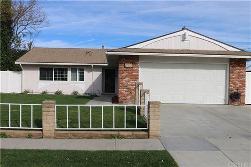 Photo of 2105 RHODA, Simi Valley, CA 93065 (MLS # SR19277135)