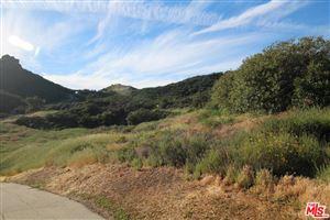 Photo of 32256 MULHOLLAND Highway, Malibu, CA 90265 (MLS # 19510136)