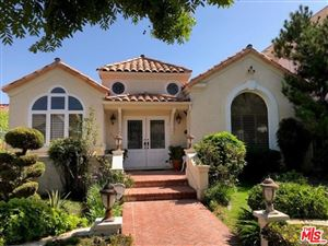 Photo of 336 South SWALL Drive, Beverly Hills, CA 90211 (MLS # 19513136)