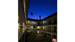 Photo of 1033 6TH Street #302, Santa Monica, CA 90403 (MLS # 16116138)