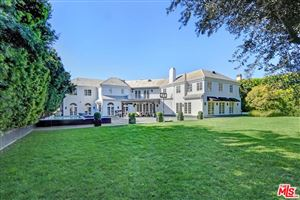 Photo of 820 North WHITTIER Drive, Beverly Hills, CA 90210 (MLS # 19430138)