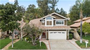 Photo of 28103 KENTON Lane, Saugus, CA 91350 (MLS # SR19263139)