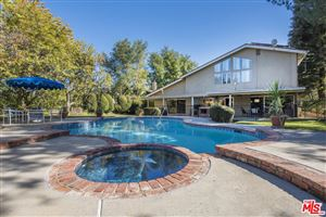 Photo of 19501 BRAEWOOD Drive, Tarzana, CA 91356 (MLS # 18309140)