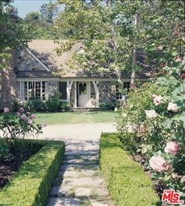 Photo of 1977 MANDEVILLE CANYON Road, Los Angeles , CA 90049 (MLS # 19467142)