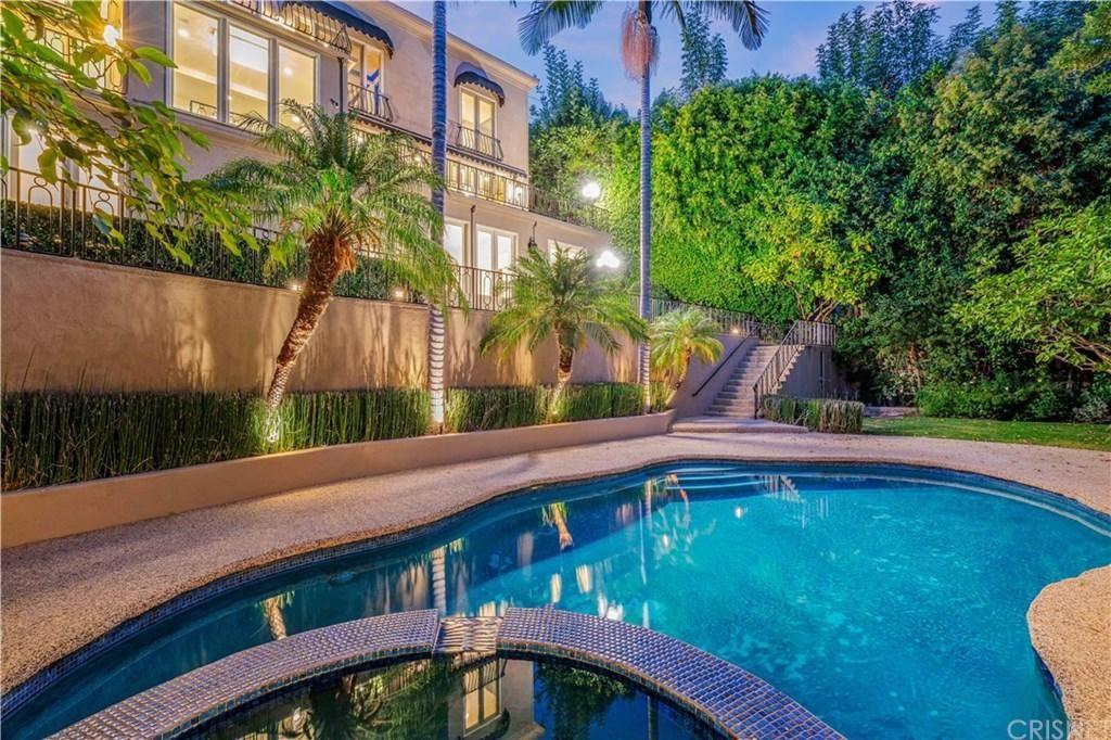 Photo of 2501 BOWMONT Drive, Beverly Hills, CA 90210 (MLS # SR20022143)
