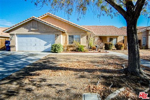 Photo of 38922 EMERSON Drive, Palmdale, CA 93551 (MLS # 19533146)