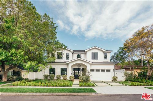 Photo of 3207 EARLMAR Drive, Los Angeles , CA 90064 (MLS # 20544146)