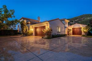 Photo of 3039 FARINGFORD Road, Thousand Oaks, CA 91361 (MLS # 219009146)