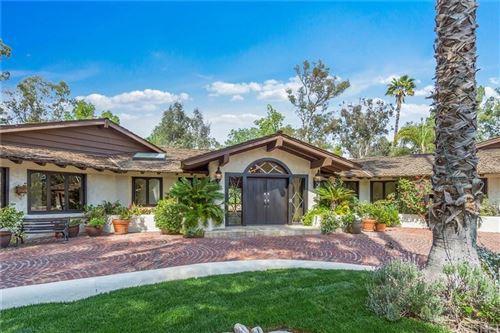 Photo of 23847 LONG VALLEY Road, Hidden Hills, CA 91302 (MLS # SR20011146)