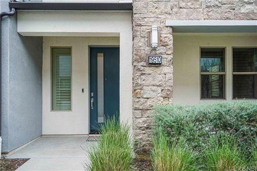 Photo of 19510 EMPIRE Lane, Northridge, CA 91324 (MLS # SR19278147)