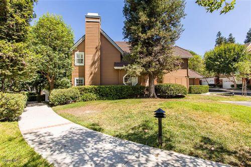 Photo of 20950 OXNARD Street #66, Woodland Hills, CA 91367 (MLS # 219011148)
