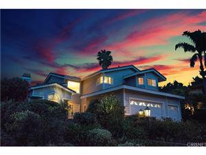 Photo of 240 SHADY HILLS Court, Simi Valley, CA 93065 (MLS # SR18011149)
