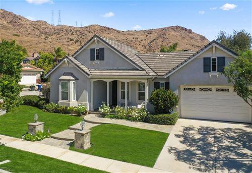 Photo of 36 North VIA LOS ALTOS, Thousand Oaks, CA 91320 (MLS # 219012150)