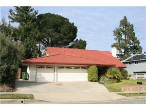 Photo of 19051 CELTIC Street, PORTER RANCH, CA 91326 (MLS # SR18060150)