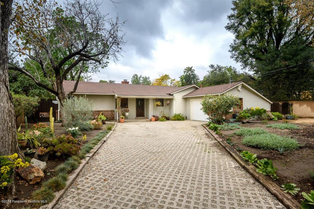 Photo for 10401 MCBROOM Street, Shadow Hills, CA 91040 (MLS # 818001150)
