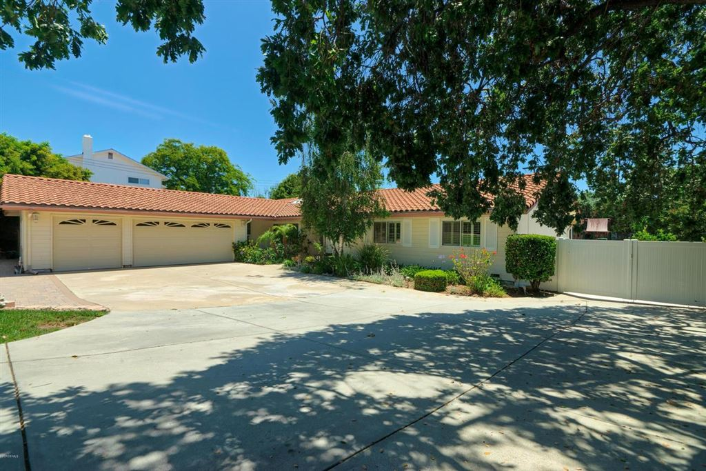 Photo for 1392 LA JOLLA Drive, Thousand Oaks, CA 91362 (MLS # 219010151)