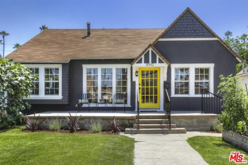 Photo for 4910 7TH Avenue, Los Angeles , CA 90043 (MLS # 19491152)