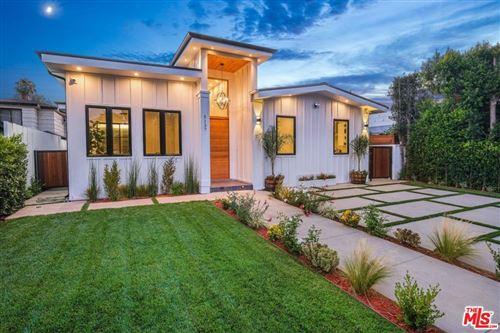 Photo of 5137 GREENBUSH Avenue, Sherman Oaks, CA 91423 (MLS # 19498154)